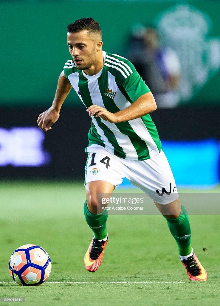 Riza Durmisi of Real Betis Balompie in actionduring the match between Real Betis Balompie v RC Deportivo La Coruna as part of La Liga at Estadio...
