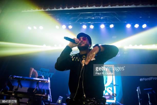 Ro James performs on stage at Buckhead Theatre on September 25 2017 in Atlanta Georgia