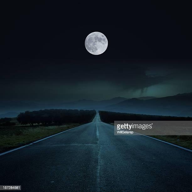 Road の夜