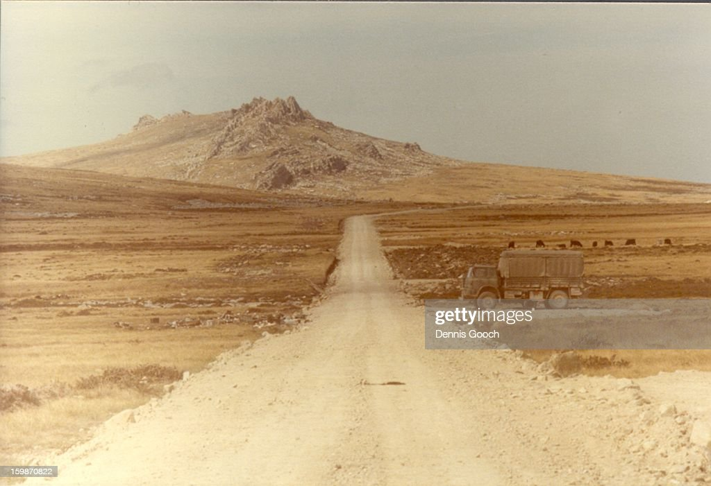 CONTENT] Road from Stanley with Mount William in the distance. Nov 1983