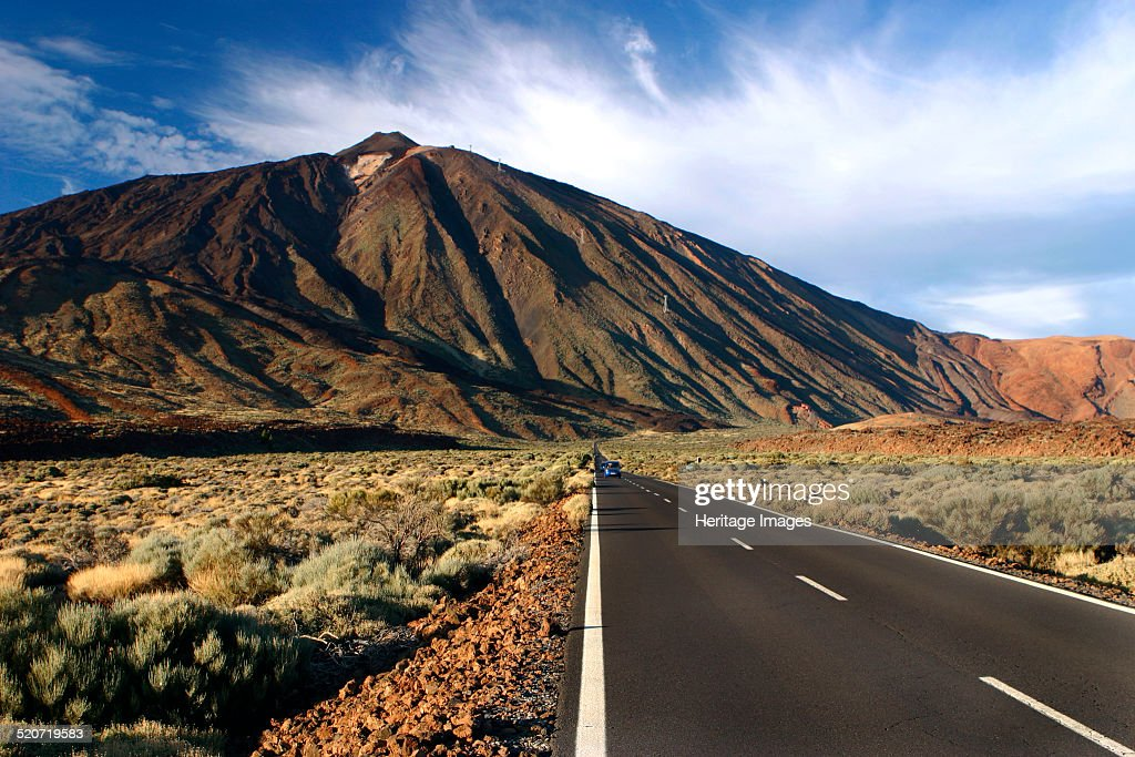 The approach to Mount Teide