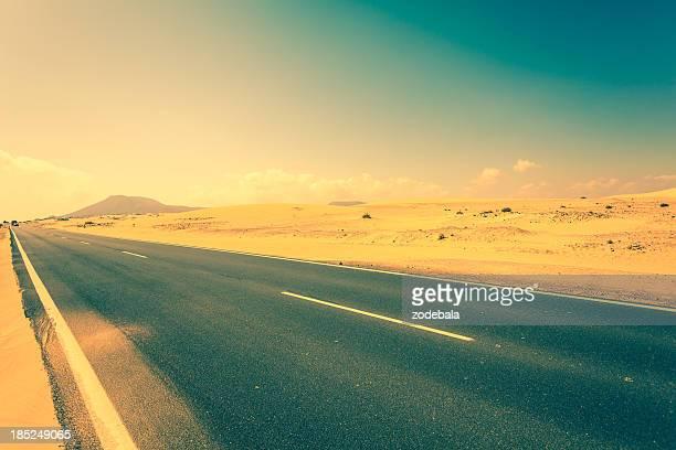 Strada nel deserto di Fuerteventura, Isole Canarie