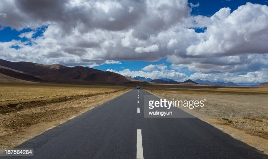 road lead to sky : Stock Photo
