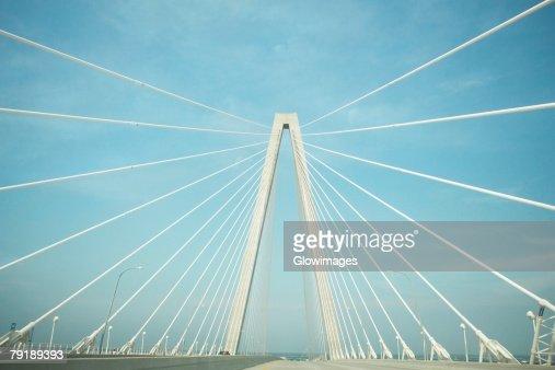 Road on a suspension bridge, Cooper River Bridge, Charleston, South Carolina, USA : Foto de stock