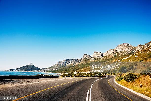 Road hinter the Twelve Apostles-Bergkette mountains nach Kapstadt