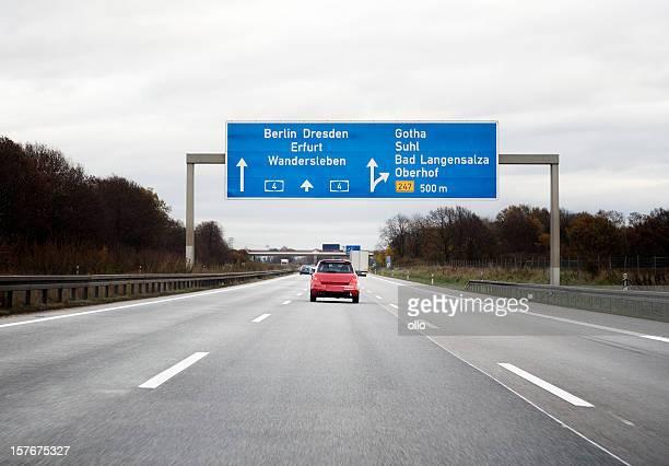 Cartello stradale nella tedesca autobahn