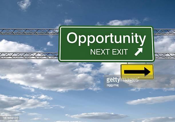 Sinal de estrada de oportunidade com Traçado de Recorte
