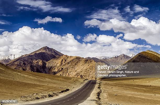 Road to Ladakh and Magnetic Hill
