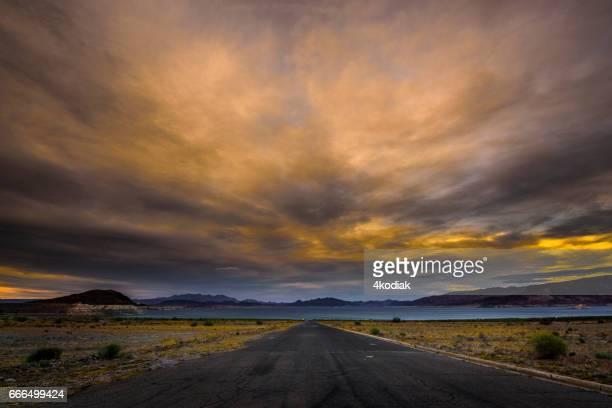 Road to Lakeshore