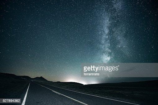 Road trip under the milky way