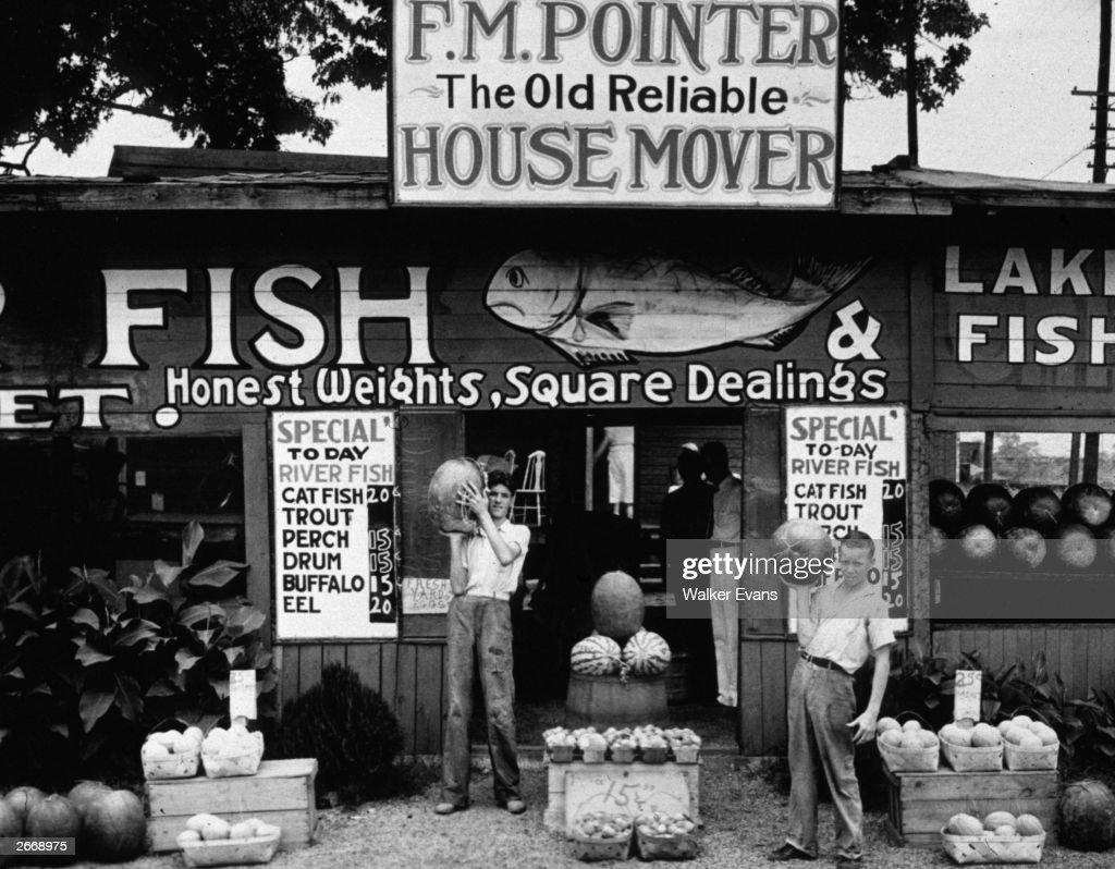 A roadside fish stand near Birmingham, Alabama