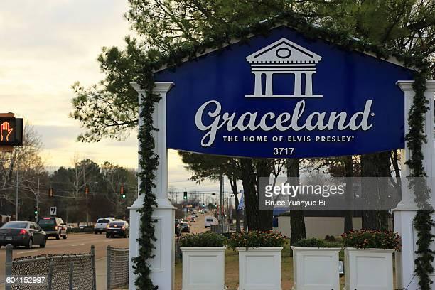 Roadside sign of Graceland