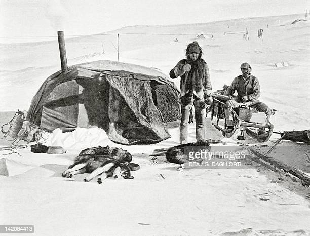 Roald Engelbert Amundsen expedition to the North Pole a tent in the camp