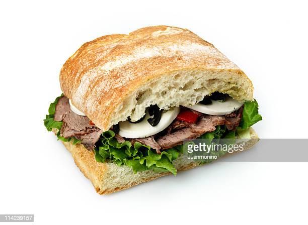 Rôti de boeuf et mozzarella et pain ciabatta