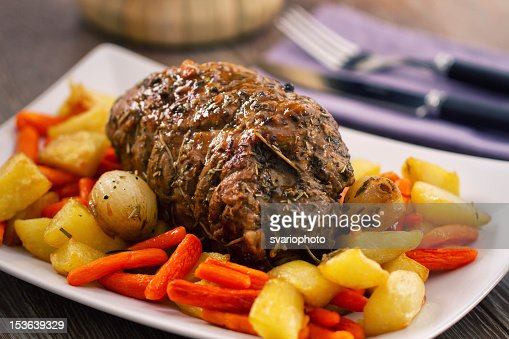 Roast Beef with Potatoes and Carrots : Stock Photo