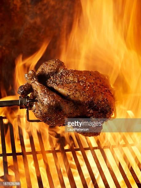 Gebratenes Hühnchen auf dem Grill
