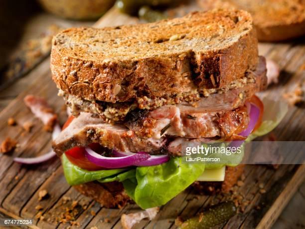 Stekt fläsk smörgås