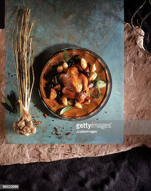 Roasted hen and garlic