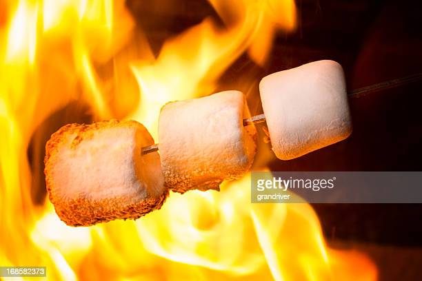 Gebratene Marshmallows