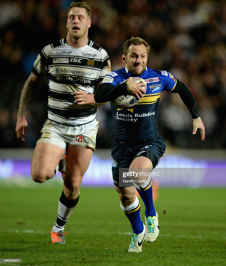 Rob Burrow of Leeds Rhinos breaks free to score a second half try during the First Utility Super League match between Hull FC and Leeds Rhinos at KC Stadium on March 5, 2015 in Hull, England.