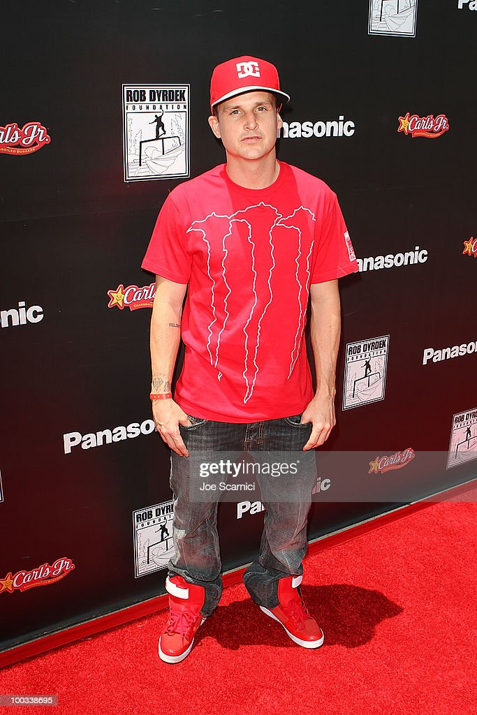 Rob Dyrdek arrives to his Foundation's 'Sk8 For Life' Benefit at Fantasy Factory on May 22, 2010 in Los Angeles, California.