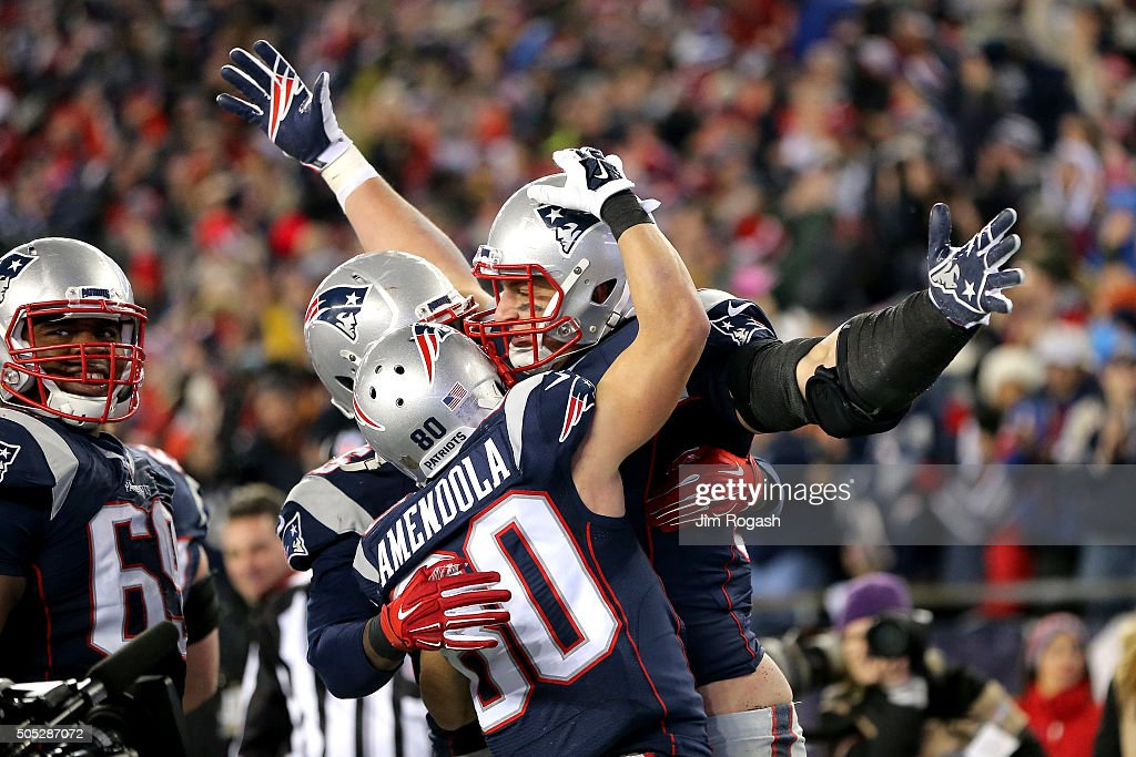 <a gi-track='captionPersonalityLinkClicked' href=/galleries/search?phrase=Rob+Gronkowski&family=editorial&specificpeople=5534525 ng-click='$event.stopPropagation()'>Rob Gronkowski</a> #87 of the New England Patriots celebrates scoring his second touchdown with teammates in the third quarter against the Kansas City Chiefs during the AFC Divisional Playoff Game at Gillette Stadium on January 16, 2016 in Foxboro, Massachusetts.