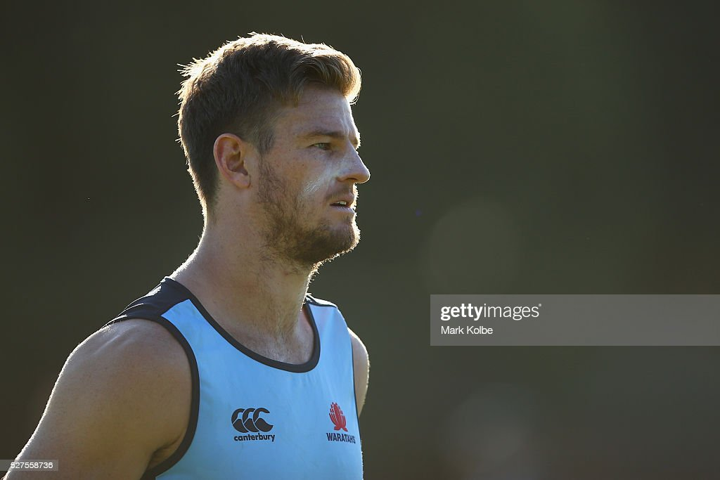 <a gi-track='captionPersonalityLinkClicked' href=/galleries/search?phrase=Rob+Horne&family=editorial&specificpeople=5127758 ng-click='$event.stopPropagation()'>Rob Horne</a> watches on during a Waratahs Super Rugby training session at Kippax Lake on May 3, 2016 in Sydney, Australia.