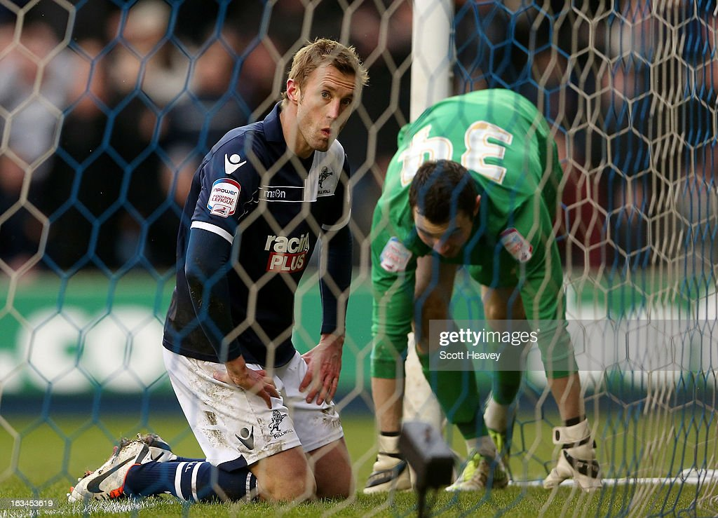 <a gi-track='captionPersonalityLinkClicked' href=/galleries/search?phrase=Rob+Hulse&family=editorial&specificpeople=235387 ng-click='$event.stopPropagation()'>Rob Hulse</a> of Millwall looks dejected after missing a chance during the FA Cup Sixth round match between Millwall and Blackburn Rovers at The Den on March 10, 2013 in London, England.