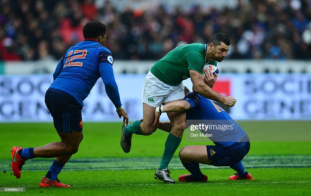 Rob Kearney of Ireland is tackled by <a gi-track='captionPersonalityLinkClicked' href=/galleries/search?phrase=Jules+Plisson&family=editorial&specificpeople=7551481 ng-click='$event.stopPropagation()'>Jules Plisson</a> of France during the RBS Six Nations match between France and Ireland at the Stade de France on February 13, 2016 in Paris, France.