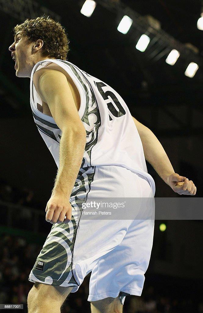 New Zealand v Kazakhstan - 2009 FIBA U19 World Championship