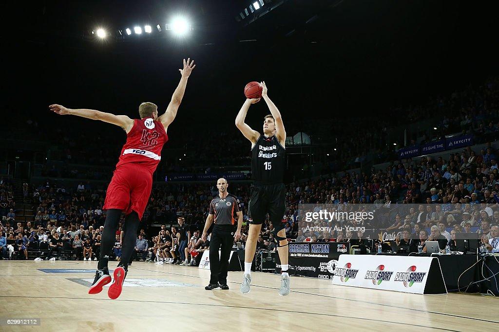 NBL Rd 11 - New Zealand v Perth