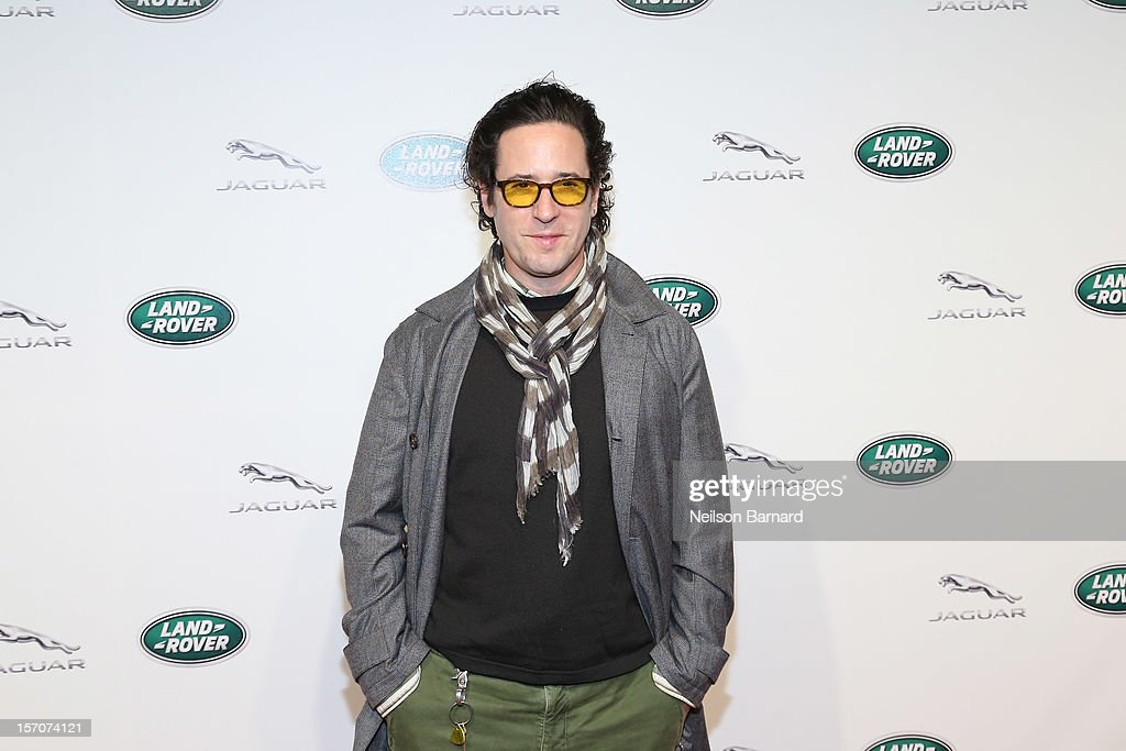 <a gi-track='captionPersonalityLinkClicked' href=/galleries/search?phrase=Rob+Morrow&family=editorial&specificpeople=241561 ng-click='$event.stopPropagation()'>Rob Morrow</a> attends Jaguar Land Rover's exclusive event to launch Jaguar's two-seat sports car, the 2014 F-TYPE and the all-new Range Rover, the world's first all-aluminum SUV held at Paramount Pictures Studios on November 27, 2012 in Los Angeles, California.
