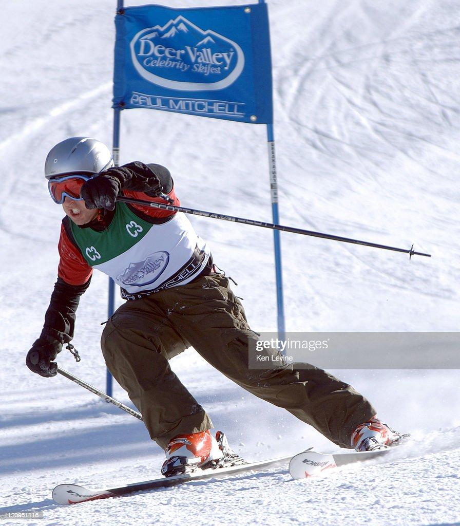 Rob Morrow skiing at the Deer Valley Celebrity Skifest at Deer Valley Resort in Park City Utah on December 3 2006