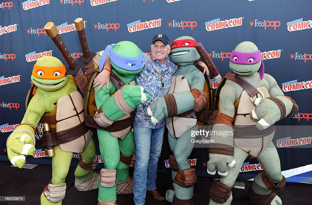 Rob Paulsen and Nickelodeon's Teenage Mutant Ninja Turtles attend the 2013 New York Comic Con at Javits Ceter on October 12, 2013 in New York City.