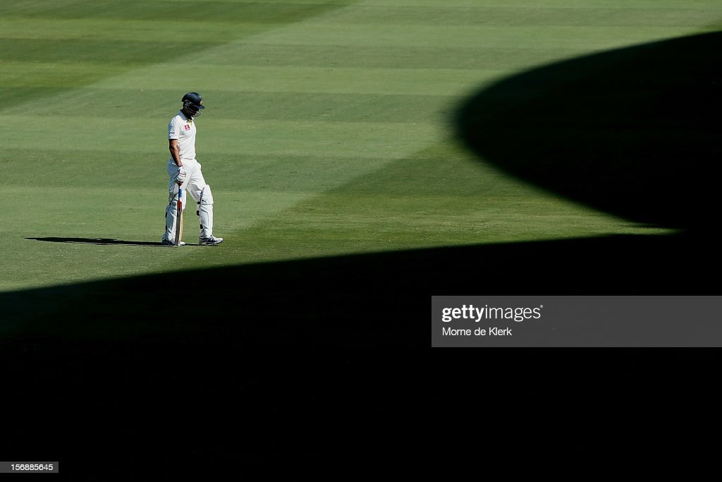 Rob Quiney of Australia leaves the field after getting out during day three of the Second Test Match between Australia and South Africa at Adelaide Oval on November 24, 2012 in Adelaide, Australia.
