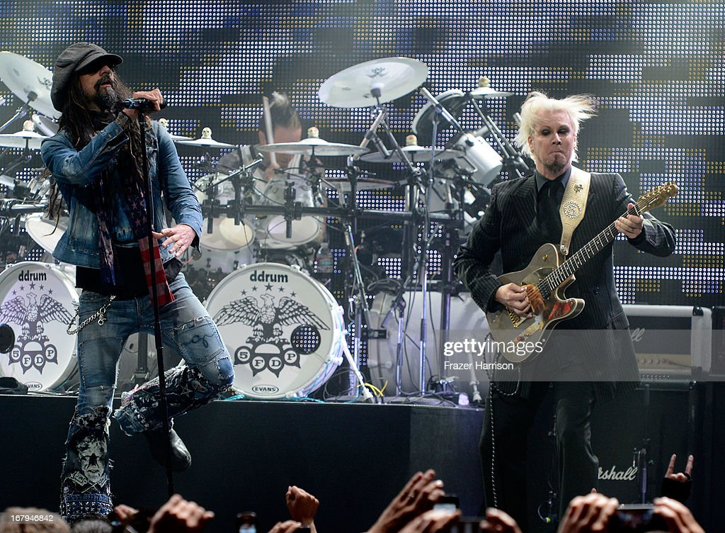<a gi-track='captionPersonalityLinkClicked' href=/galleries/search?phrase=Rob+Zombie&family=editorial&specificpeople=217722 ng-click='$event.stopPropagation()'>Rob Zombie</a> and Nick 13 perform at the 5th Annual Revolver Golden Gods Award Show at Club Nokia on May 2, 2013 in Los Angeles, California.