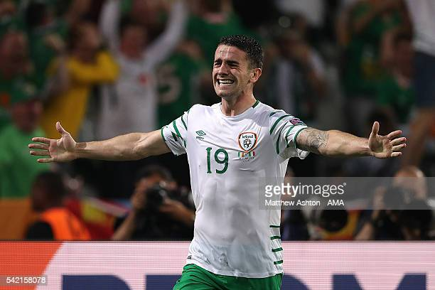 Robbie Brady of Ireland celebrates scoring a goal to make the score 01 during the UEFA EURO 2016 Group E match between Italy and Republic of Ireland...