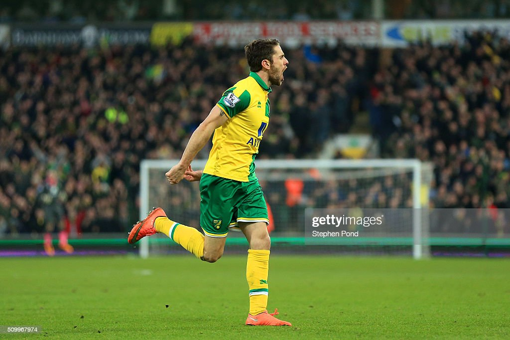<a gi-track='captionPersonalityLinkClicked' href=/galleries/search?phrase=Robbie+Brady&family=editorial&specificpeople=9028769 ng-click='$event.stopPropagation()'>Robbie Brady</a> of Norwich City celebrates scoring his team's first goal during the Barclays Premier League match between Norwich City and West Ham United at Carrow Road on February 13, 2016 in Norwich, England.