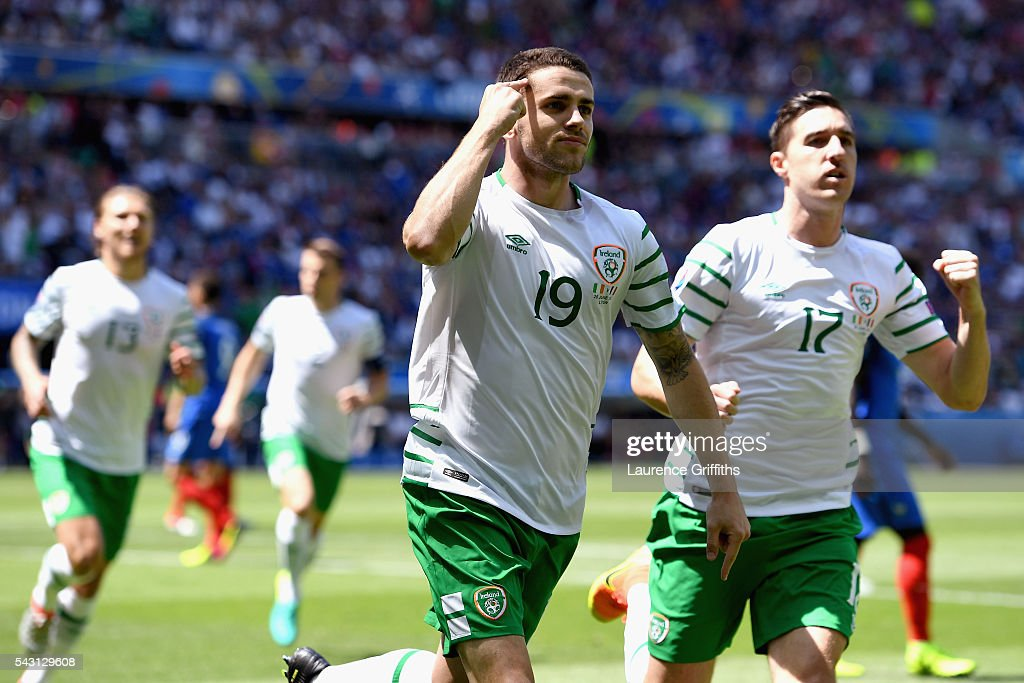<a gi-track='captionPersonalityLinkClicked' href=/galleries/search?phrase=Robbie+Brady&family=editorial&specificpeople=9028769 ng-click='$event.stopPropagation()'>Robbie Brady</a> of Republic of Ireland celebrates scoring the opening goal during the UEFA EURO 2016 round of 16 match between France and Republic of Ireland at Stade des Lumieres on June 26, 2016 in Lyon, France.