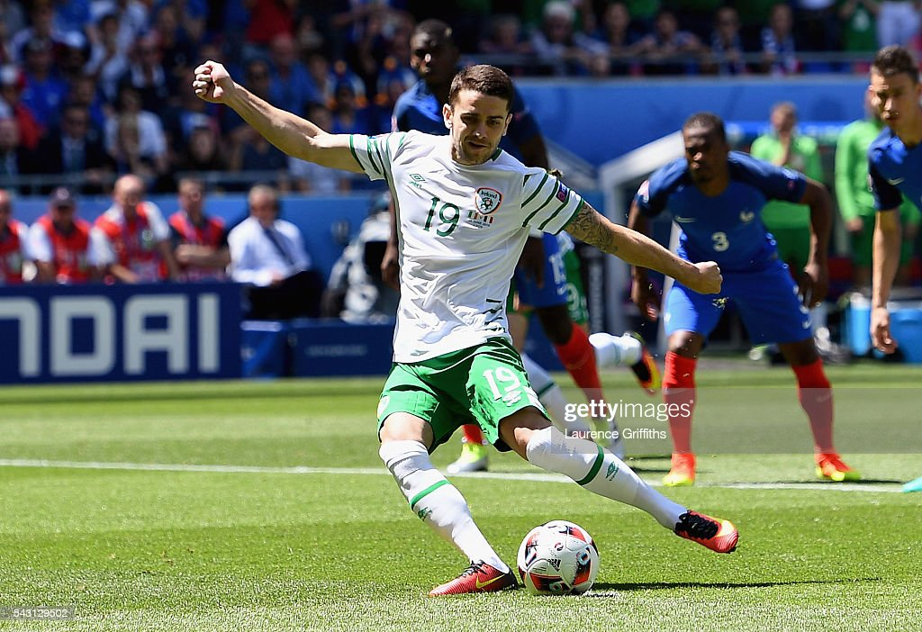 <a gi-track='captionPersonalityLinkClicked' href=/galleries/search?phrase=Robbie+Brady&family=editorial&specificpeople=9028769 ng-click='$event.stopPropagation()'>Robbie Brady</a> of Republic of Ireland converts the penalty to score the opening goal during the UEFA EURO 2016 round of 16 match between France and Republic of Ireland at Stade des Lumieres on June 26, 2016 in Lyon, France.