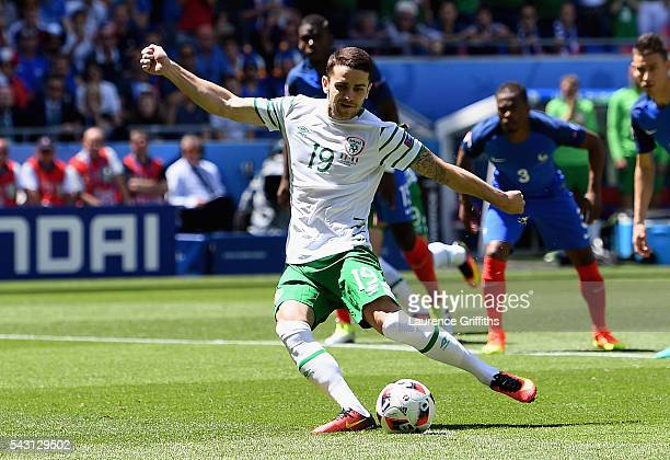 Robbie Brady of Republic of Ireland converts the penalty to score the opening goal during the UEFA EURO 2016 round of 16 match between France and...