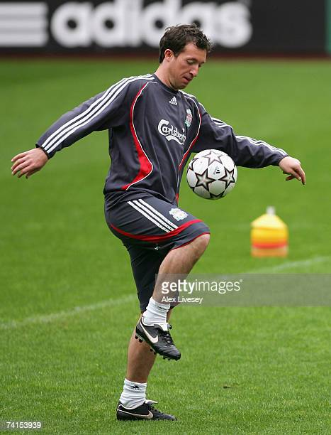 Robbie Fowler of Liverpool juggles the ball during a training session ahead of next week's UEFA Champions League Final against AC Milan during the...