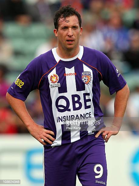 Robbie Fowler of the Glory looks on during the round three ALeague match between the Perth Glory and the Newcastle Jets at nib Stadium on August 21...