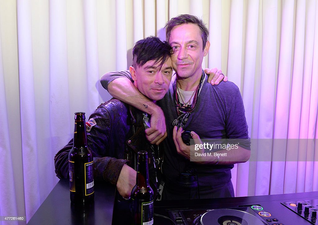 Robbie Furz and Jamie Hince attend the ShortList and House of Fraser London Collections Men closing night party 2015 at Quaglino's on June 15 2015 in...