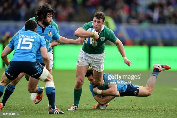 Robbie Henshaw of Ireland runs at the Italy defence during the RBS Six Nations match between Italy and Ireland at the Stadio Olimpico on February 7...