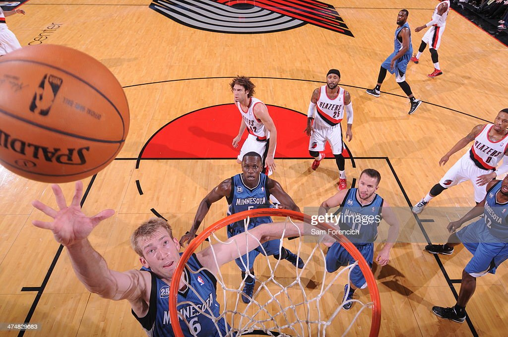 <a gi-track='captionPersonalityLinkClicked' href=/galleries/search?phrase=Robbie+Hummel&family=editorial&specificpeople=4877478 ng-click='$event.stopPropagation()'>Robbie Hummel</a> #6 of the Minnesota Timberwolves drives to the basket against the Portland Trail Blazers on February 23, 2014 at the Moda Center Arena in Portland, Oregon.