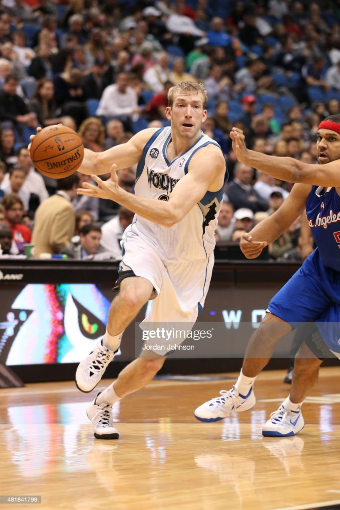 Robbie Hummel #6 of the Minnesota Timberwolves drives to the basket against the Los Angeles Clippers on March 31, 2014 at Target Center in Minneapolis, Minnesota.
