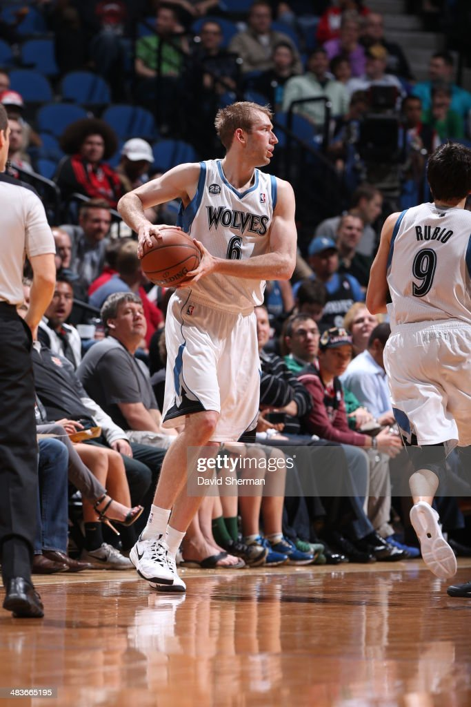 Robbie Hummel #6 of the Minnesota Timberwolves looks to pass the ball against the Chicago Bulls during the game on April 9, 2014 at Target Center in Minneapolis, Minnesota.