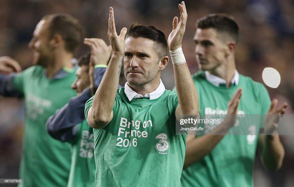 Republic of Ireland v Bosnia and Herzegovina - UEFA EURO 2016 Qualifier: Play-Off Second Leg : ニュース写真