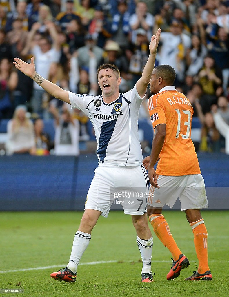 Robbie Keane #7 of Los Angeles Galaxy reacts to an offside call while taking on the Houston Dynamo in the 2012 MLS Cup at The Home Depot Center on December 1, 2012 in Carson, California.